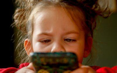 Bambini Digital: il pericolo dell'adescamento online.
